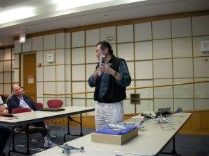 2005 Nov Meeting Pic02