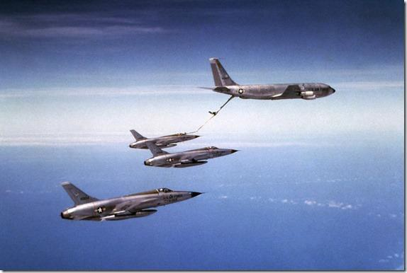 F-105Ds on tanker